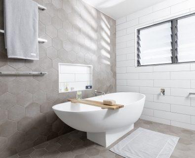 IVY Bath Caddy Tassie Oak>
